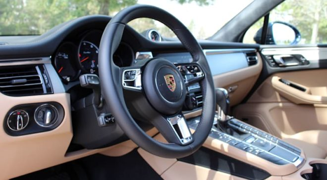 2020 Porsche Macan Turbo Interior Driveway Test | Old and new school
